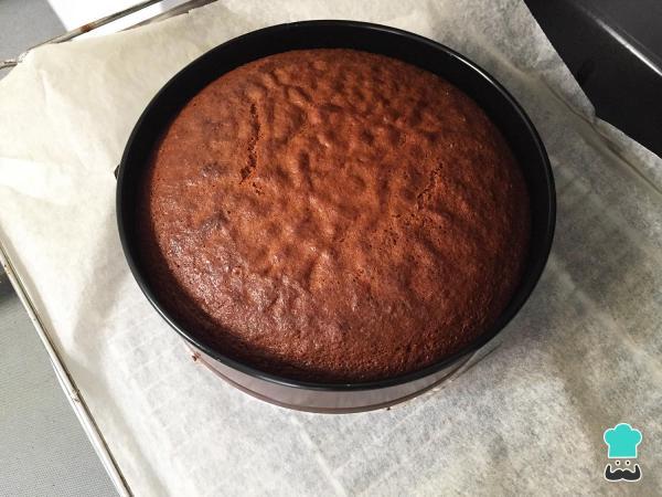 Receta de pastel de caramelo simple y fácil - Paso 9