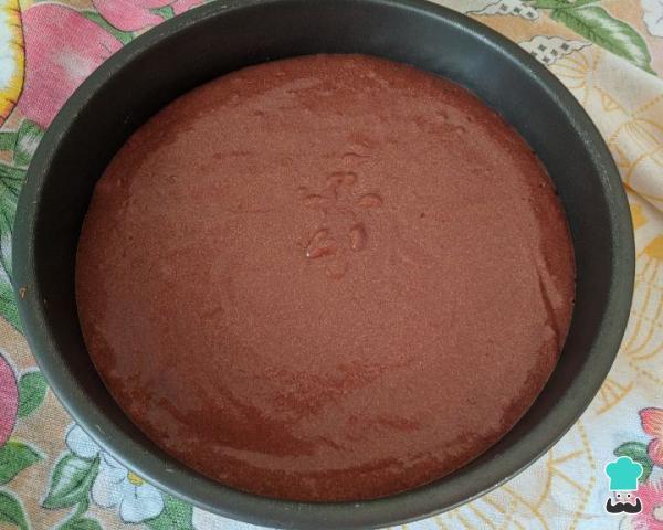 Receta de pastel de mousse de chocolate con fresas - Paso 8