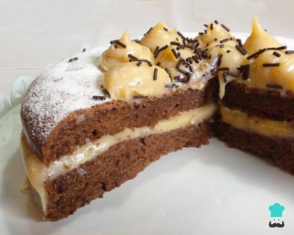 Receta para pastel de chocolate con relleno de leche Nido para cumpleaños