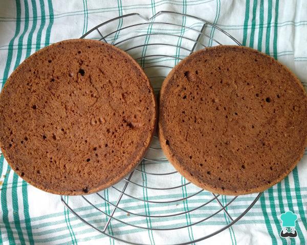 Receta para pastel de chocolate con relleno de leche Nido para cumpleaños - Paso 7