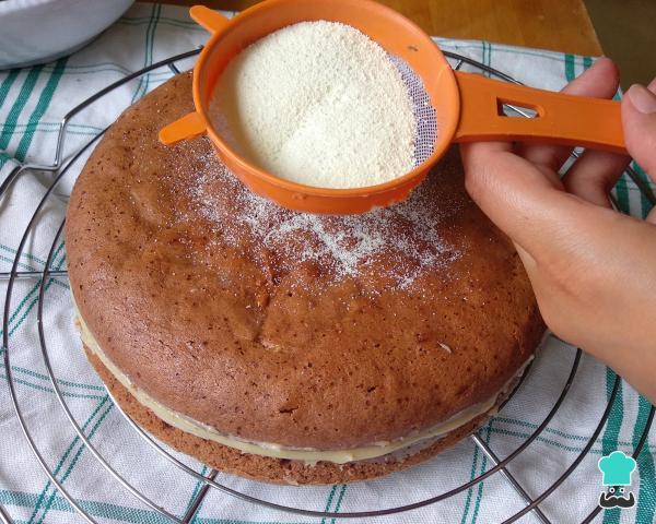 Receta para pastel de chocolate con relleno de leche Ninho para cumpleaños - Paso 9
